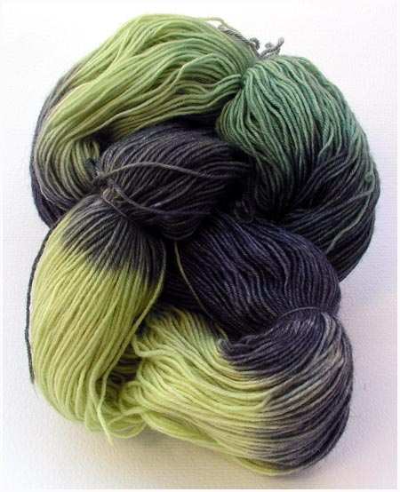 5x5 Betty Dark Side Black Venom, Sockenwolle handgefärbt, handdyed sock yarn