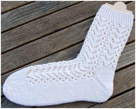 Free Pattern Aquarius Socks Knitting